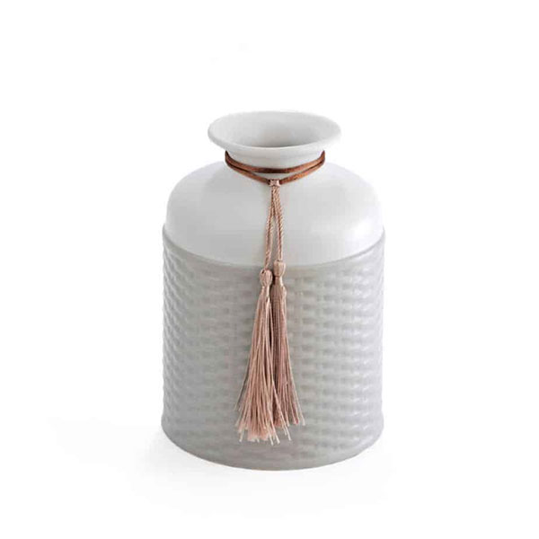 Bottle-For-Aromatic-Space-gray-white-with-drawstring